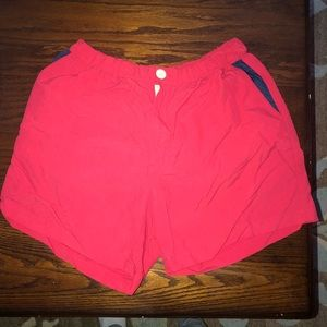 Red boater chubbies short. Size large